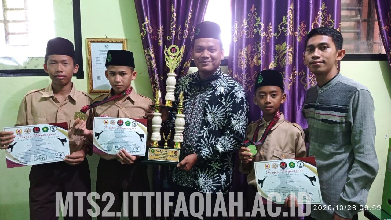 MTS Al-ITTIFAQIAH 2 Juara umum 3