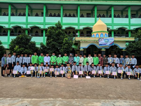 CLOSING RANGKING 1 DAN AL ITTIFAQIAH KNOWLEDGE CHAMPIONSHIP (IKC)